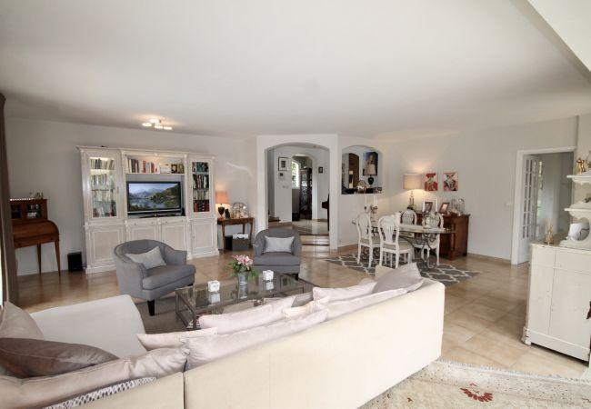 Villa in Mougins - HSUD0037