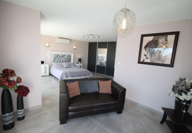 Villa in Villeneuve-Loubet - HSUD0042