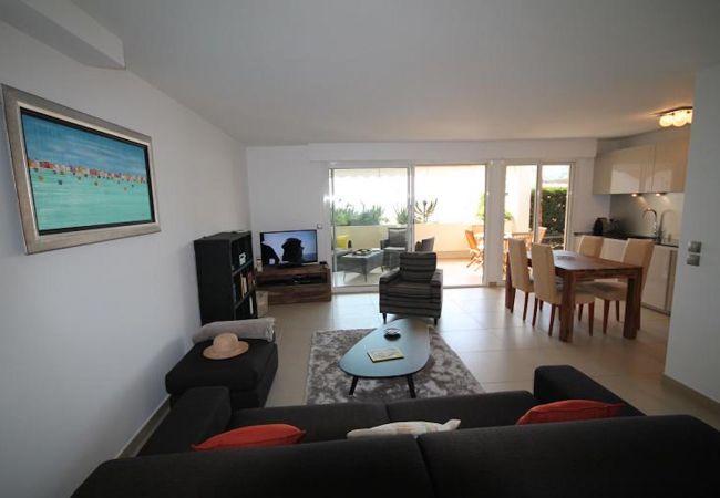 Appartement à Mandelieu-la-Napoule - HSUD0479