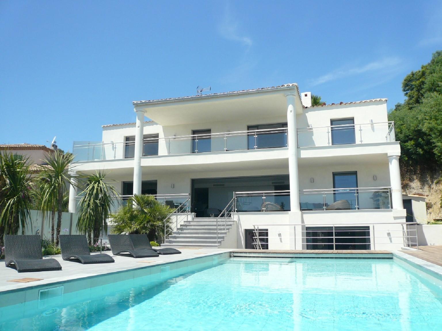 Belle villa avec piscine antibes - Location villa collioure avec piscine ...