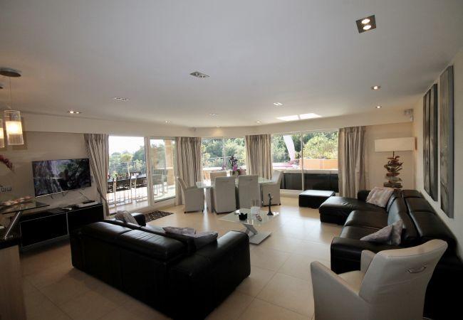 Appartement à Mandelieu-la-Napoule - HSUD0102