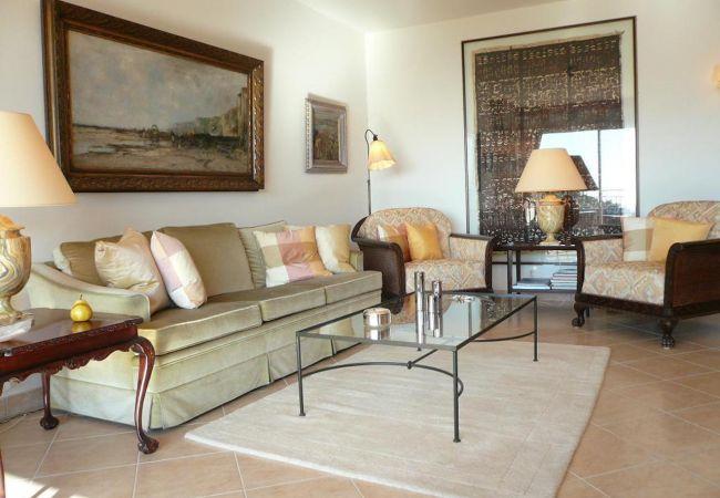 Апартаменты на Mandelieu-la-Napoule - HSUD0200